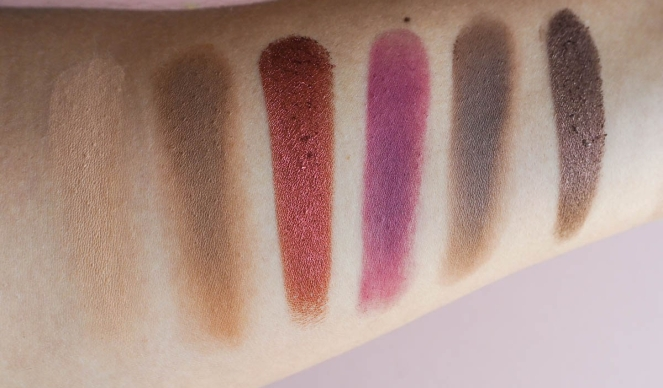 coloured-raine-queen-of-hearts-palette-worth-the-hype-6